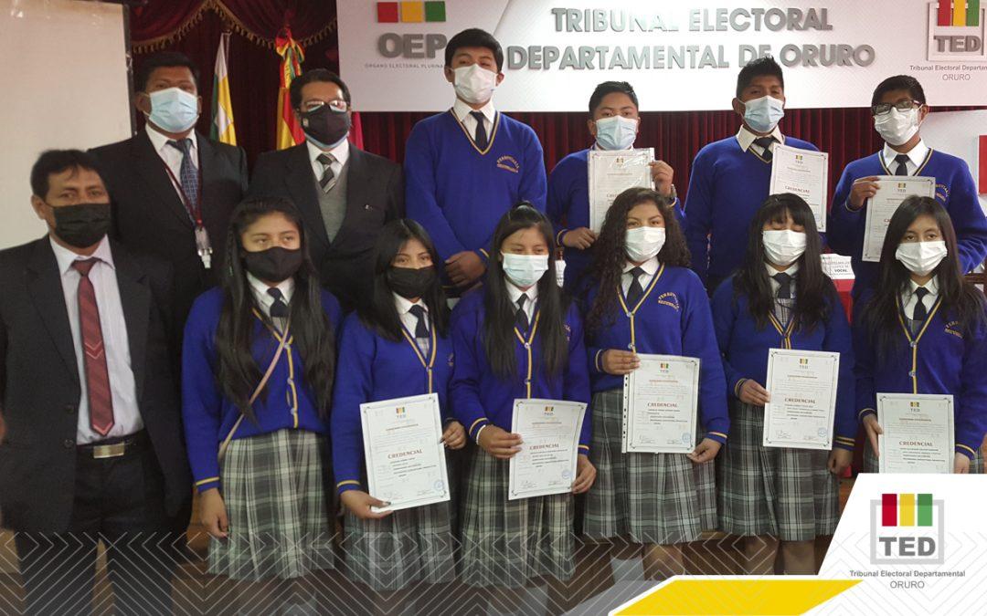 En Oruro, 27.050 estudiantes participaron  en la elección de los Gobiernos Estudiantiles